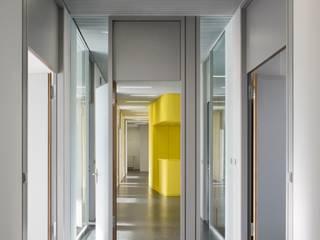 DIBT Deutsches Institut für Bautechnik Minimalistische Bürogebäude von ALL | Architekten Landenberger + Lösekrug Minimalistisch