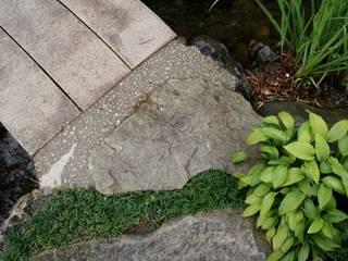 松本T邸 庭のクニフジ Moderner Garten