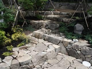 池田A邸 庭のクニフジ Moderner Garten