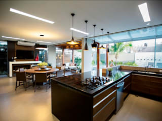 Arquitetura Ao Cubo LTDA Tropical style kitchen