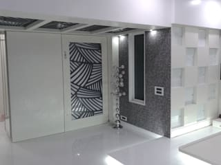 Mr Kamdar 19th Floor Modern corridor, hallway & stairs by TRINITY DESIGN STUDIO Modern