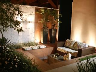 Jardines modernos: Ideas, imágenes y decoración de Arquitetura Ao Cubo LTDA Moderno