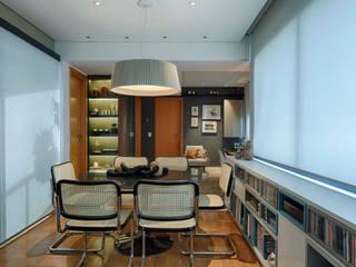 CoGa Arquitetura Ruang Makan Modern