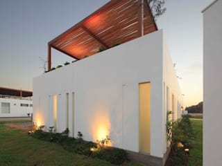 Casa Maple Modern houses by Martin Dulanto Modern