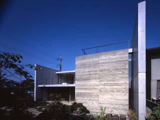 Moderne Häuser von SHSTT Modern