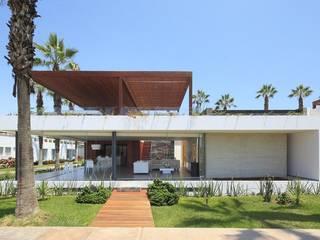 Casa P12 Casas modernas de Martin Dulanto Moderno