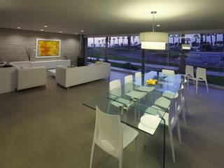 Casa P12 Martin Dulanto Modern dining room