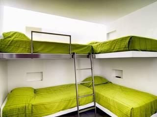 Casa Seta Martin Dulanto Modern style bedroom