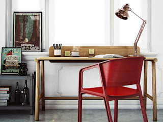 homify Study/office Wood Red