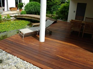 Kahrs GmbH Balcones y terrazas de estilo rústico Marrón