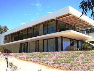 Casa Valdés Casas estilo moderno: ideas, arquitectura e imágenes de G4 Arquitectos Asociados Moderno