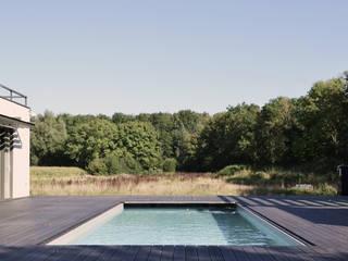 Woonhuis Dwingeloo:  Huizen door Koezen Architecten, Modern