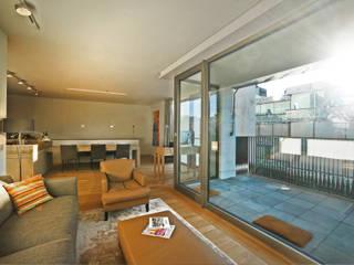 Zentrales Penthouse in München Moderne Wohnzimmer von Gerhard Blank Fotografie für Immobilien & Architektur Modern