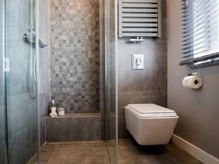 Modern bathroom by Anna Serafin Architektura Wnętrz Modern