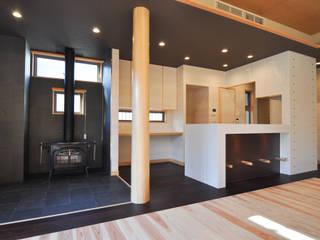 (株)独楽蔵 KOMAGURA Modern living room
