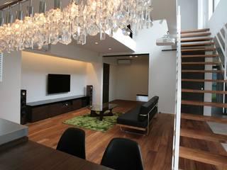 Kawasaki A邸 Modern Living Room by 房総イズム Modern