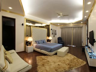 Gillco Interiors:  Bedroom by Saffron Touch