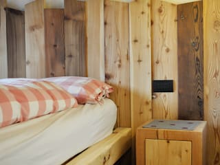 RI-NOVO BedroomBeds & headboards Wood