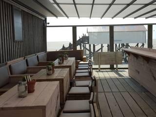 Schirmherrschaft Balconies, verandas & terraces Furniture