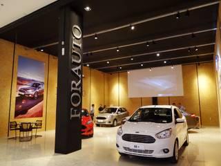 Agencias de autos de estilo moderno de Ponta Cabeça - Arquitetura Criativa Moderno