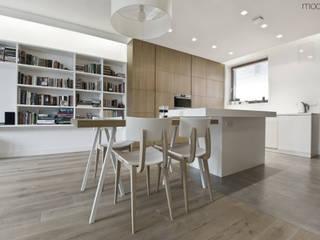 Projekt mieszkania na osiedlu Biały Kamień: styl , w kategorii Kuchnia zaprojektowany przez Modullar