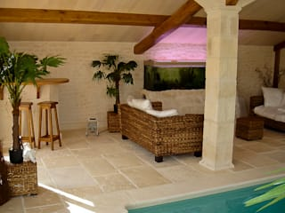 Pierre et piscine Piscine classique par Habitat et Tradtions Classique