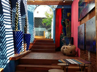 Balcone, Veranda & Terrazza in stile tropicale di Perotto E Fontoura Estúdio de Arquitetura Tropicale