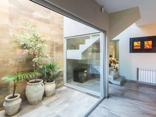 Jardines de invierno de estilo moderno de KARLEN + CLEMENTE ARQUITECTOS Moderno Vidrio