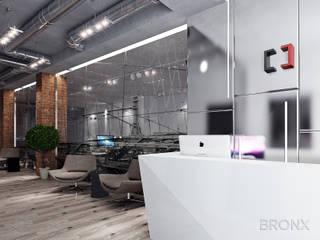Офис компании Сириус, 700 м2 Коридор, прихожая и лестница в стиле лофт от Bronx Лофт