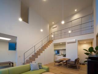 Salon de style  par Studio R1 Architects Office,