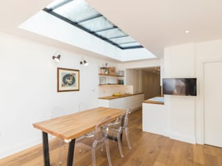 Extension and renovation, Kensington W14:  Kitchen by TOTUS