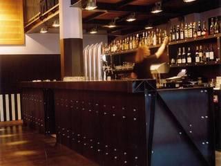 Mediacafé studio Barend & Witteman Moderne bars & clubs van bv Mathieu Bruls architect Modern
