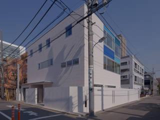 東京タワーと桜の見える家: 設計事務所アーキプレイスが手掛けた家です。