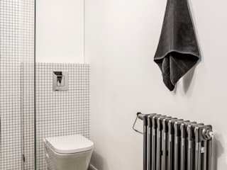 Łazienka skandynawska Skandynawska łazienka od Pracownia projektowa Na Antresoli Skandynawski