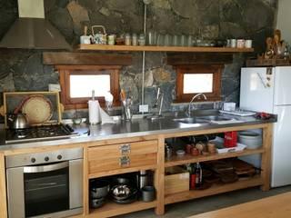 Cocinas de estilo escandinavo de VETA & DISEÑO Escandinavo