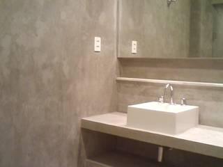 Modern Bathroom by Margareth Salles Modern Concrete
