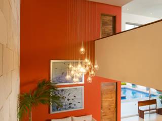 Pasillos y vestíbulos de estilo  por Grupo Arsciniest, Moderno Concreto