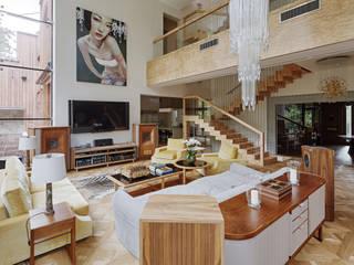Особняк в Барвихе Гостиные в эклектичном стиле от Архитектурное бюро Бахарев и Партнеры Эклектичный