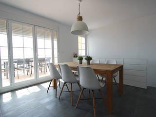 Ruang Makan oleh Novodeco, Minimalis