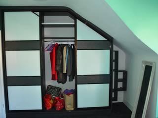 Beautiful Euphoria 3-sliding doors wardrobe in the Acton area Bravo London Ltd DormitoriosClósets y cómodas