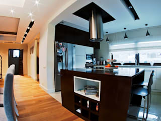 projekt wnętrz domu jednorodzinnego - zdjęcie: styl , w kategorii Kuchnia zaprojektowany przez easy project