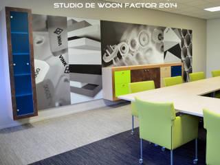 VERGADERRUIMTES VINK KUNSTSTOFFEN B.V. van Factor-W interieurontwerp