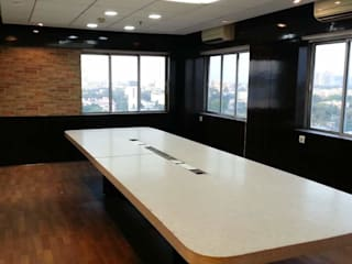 Conference Room:   by Artinsive Interiors Pvt Ltd