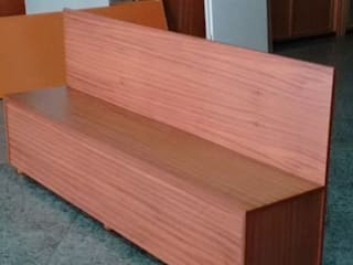 Cooperativa de la madera 'Ntra Sra de Gracia' Vestíbulos, pasillos y escalerasSillas