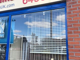 external display window 4:   by Ashley Blinds & Curtains