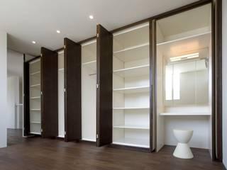 Modern style bedroom by 有限会社 橋本設計室 Modern