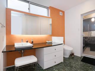 ホテルのようなお洒落でラグジュアリーな洗面所-1: i.u.建築企画が手掛けたです。,