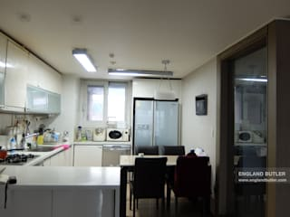 분당 K House (Bundang K House) Modern kitchen by 잉글랜드버틀러 Modern