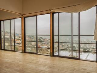 Leonardo Saavedra ONG Vivienda Local Balcones y terrazas de estilo moderno