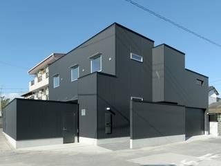 modern Houses by 有限会社 橋本設計室